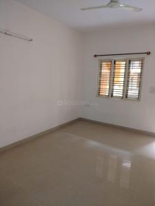 Gallery Cover Image of 1250 Sq.ft 2 BHK Apartment for rent in  Midhila Deluxe, Kogilu for 15000