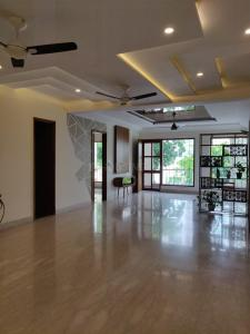 Gallery Cover Image of 1750 Sq.ft 3 BHK Independent Floor for buy in Unitech South City 1, Sector 41 for 15500000