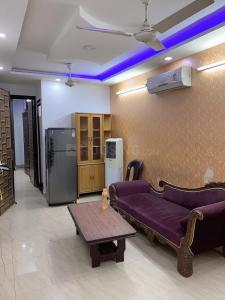 Gallery Cover Image of 800 Sq.ft 2 BHK Independent Floor for rent in Sector 3 Rohini for 25000