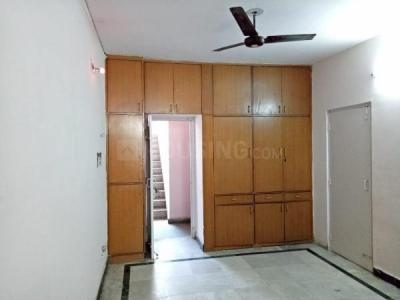 Gallery Cover Image of 200 Sq.ft 1 RK Apartment for rent in Royal Trimula Heils, Sector 62 for 6500
