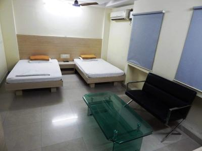 Bedroom Image of Sr Guest House in Ekkatuthangal