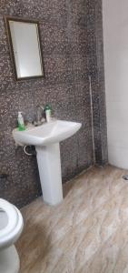 Bathroom Image of Mannat PG Life in Sector 3