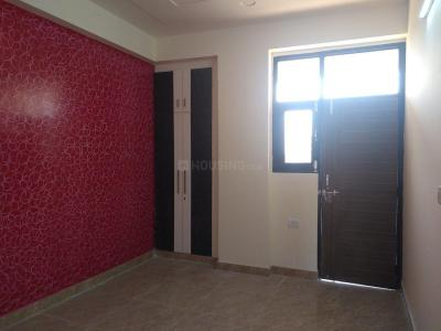 Gallery Cover Image of 550 Sq.ft 1 BHK Independent Floor for buy in Palm Village, Noida Extension for 1285000