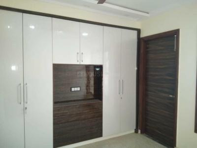 Gallery Cover Image of 2600 Sq.ft 4 BHK Apartment for rent in Sector 18 Dwarka for 36000