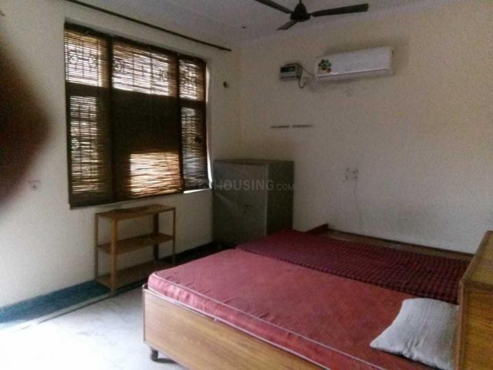 सेक्टर 45 में सुभाष पीजी के बेडरूम की तस्वीर