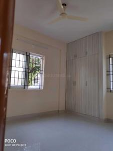 Gallery Cover Image of 1100 Sq.ft 2 BHK Apartment for rent in Domlur Layout for 35000