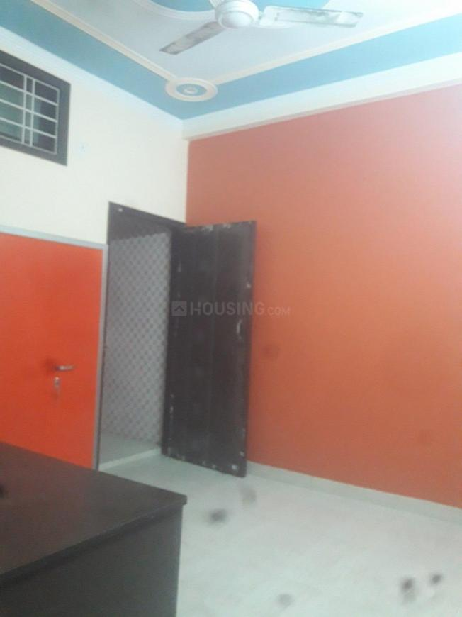 Main Entrance Image of 1025 Sq.ft 1 BHK Independent Floor for rent in Sector 12 for 13000