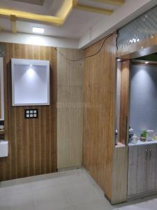 Gallery Cover Image of 1233 Sq.ft 3 BHK Apartment for buy in  Shantinagar Society, Usmanpura for 7000000