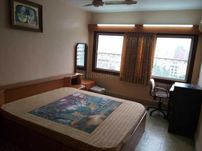 Gallery Cover Image of 500 Sq.ft 1 BHK Apartment for rent in Bandra West for 70000