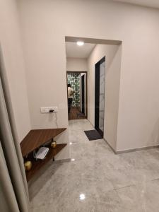 Gallery Cover Image of 500 Sq.ft 1 BHK Apartment for buy in Kalyan West for 4100000