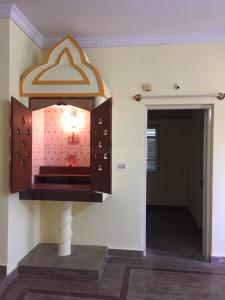 Gallery Cover Image of 1200 Sq.ft 2 BHK Independent Floor for rent in Battarahalli for 10500
