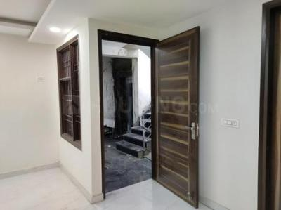 Gallery Cover Image of 1011 Sq.ft 2 BHK Independent Floor for buy in Sector 3A for 3500000