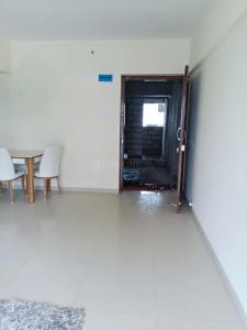 Gallery Cover Image of 595 Sq.ft 1 BHK Apartment for rent in Kandivali East for 26000