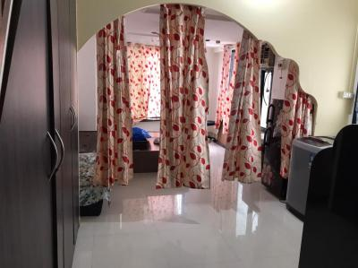 Gallery Cover Image of 700 Sq.ft 1 BHK Apartment for rent in Girgaon for 45000
