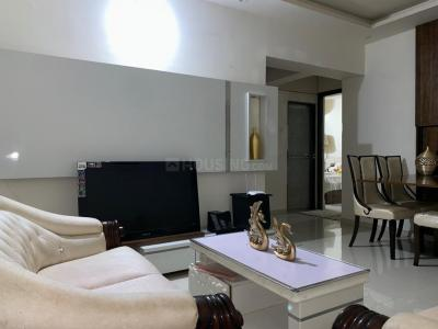 Gallery Cover Image of 669 Sq.ft 1 BHK Apartment for buy in Transcon Auris Ivorine, Andheri West for 12700000