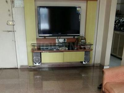Gallery Cover Image of 650 Sq.ft 1 BHK Apartment for rent in Dahisar West for 22000