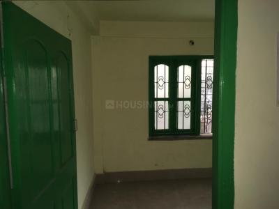 Gallery Cover Image of 1000 Sq.ft 1 BHK Independent Floor for rent in Kalighat for 16000
