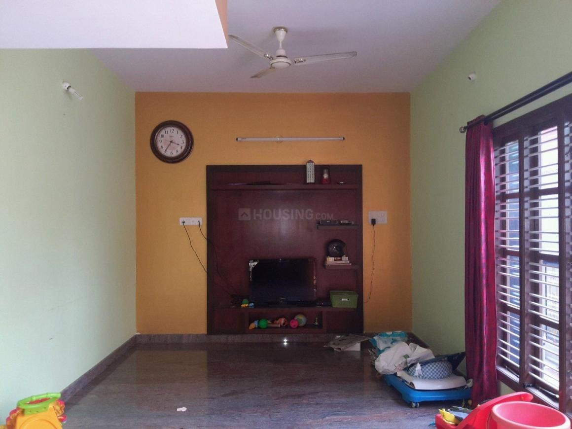 Living Room Image of 1300 Sq.ft 2 BHK Apartment for rent in Banashankari for 18000