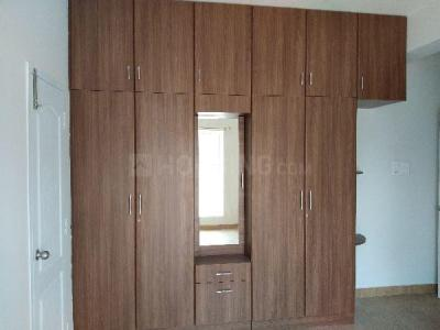 Gallery Cover Image of 1650 Sq.ft 3 BHK Apartment for rent in Porur for 26000