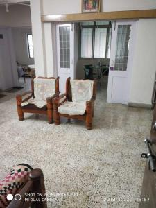 Gallery Cover Image of 1630 Sq.ft 3 BHK Apartment for rent in Shivaji Nagar for 35000