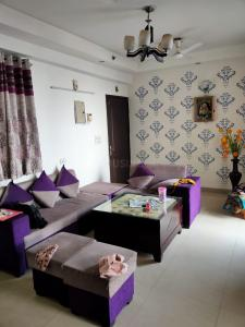 Gallery Cover Image of 1200 Sq.ft 2 BHK Apartment for rent in Angel Mercury, Ahinsa Khand for 15000
