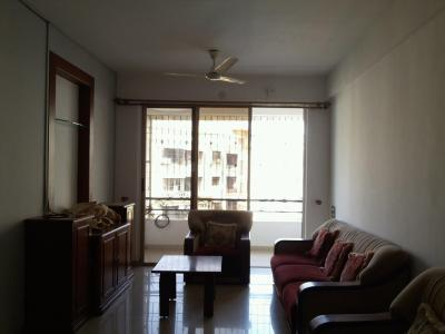 Gallery Cover Image of 1250 Sq.ft 3 BHK Apartment for rent in Dimples Kamla Avenue, Borivali West for 46000