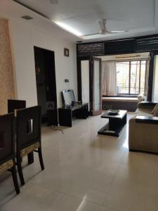 Gallery Cover Image of 650 Sq.ft 1 BHK Apartment for rent in Khar West for 58000