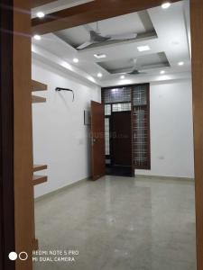 Gallery Cover Image of 866 Sq.ft 2 BHK Independent Floor for buy in Gyan Khand for 3800000