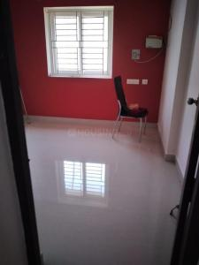 Gallery Cover Image of 1350 Sq.ft 3 BHK Apartment for rent in Tansi Nagar Welfare Association, Velachery for 22000
