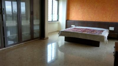 Gallery Cover Image of 1600 Sq.ft 3 BHK Apartment for rent in Seawoods for 65500