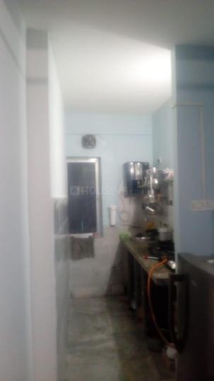 न्यू टाउन में जैंट्लमैन के किचन की तस्वीर