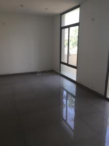 Gallery Cover Image of 1950 Sq.ft 4 BHK Independent House for rent in Applewoods Santolina, Sarkhej- Okaf for 36000