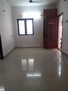 Gallery Cover Image of 720 Sq.ft 2 BHK Apartment for buy in Saligramam for 5200000