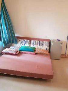 Gallery Cover Image of 635 Sq.ft 1 BHK Apartment for rent in Kalyan West for 13000