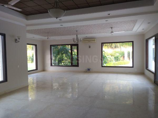 Living Room Image of 11000 Sq.ft 5 BHK Independent House for rent in DLF Farms for 450000