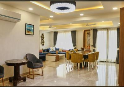 Gallery Cover Image of 3000 Sq.ft 4 BHK Independent Floor for buy in Sector 67 for 14600000