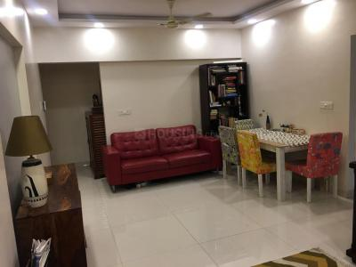 Gallery Cover Image of 920 Sq.ft 2 BHK Apartment for buy in Malad East for 17000000