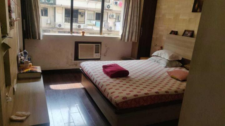 Bedroom Image of 600 Sq.ft 1 BHK Independent Floor for rent in Bandra West for 60000