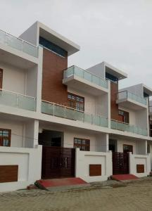 Gallery Cover Image of 1350 Sq.ft 2 BHK Independent House for buy in Arjunganj for 6000000