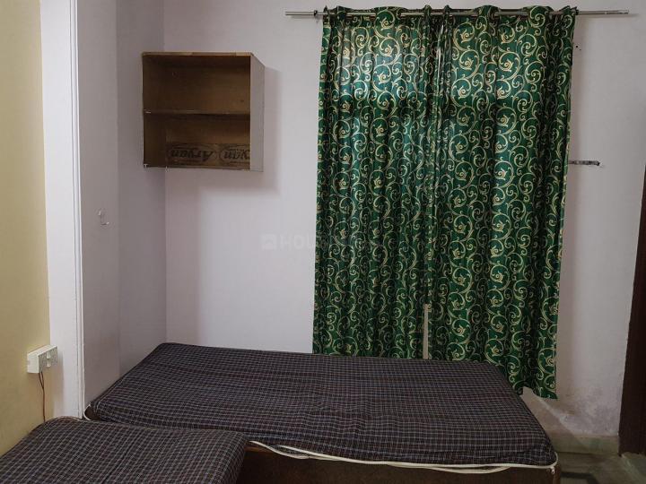 Bedroom Image of Om Sai Rama PG in Laxmi Nagar