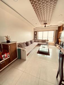 Gallery Cover Image of 1050 Sq.ft 2 BHK Apartment for buy in Antheia, Pimpri for 10000000