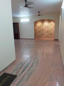 Gallery Cover Image of 1900 Sq.ft 3 BHK Apartment for rent in Nungambakkam for 55000