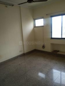 Gallery Cover Image of 850 Sq.ft 2 BHK Apartment for buy in Malad East for 13000000