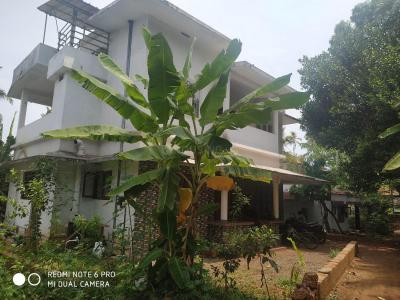 Gallery Cover Image of 2150 Sq.ft 3 BHK Independent House for buy in Kakkad for 8500000