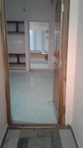 Gallery Cover Image of 550 Sq.ft 1 BHK Independent House for rent in Mogappair for 8500