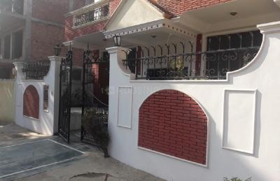 Gallery Cover Image of 2000 Sq.ft 3 BHK Independent Floor for buy in Sushant Lok I for 15000000