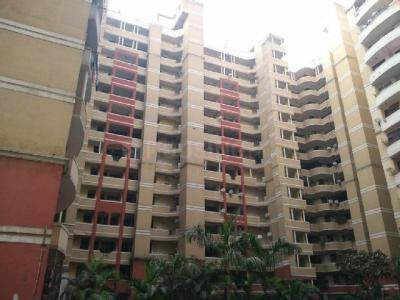 Gallery Cover Image of 1100 Sq.ft 2 BHK Apartment for rent in Express Garden Apartment, Vaibhav Khand for 18000