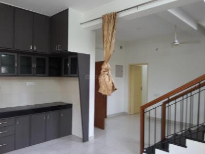 Gallery Cover Image of 1500 Sq.ft 3 BHK Apartment for rent in Sarang , Arumbakkam for 30000
