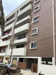 Gallery Cover Image of 450 Sq.ft 1 BHK Apartment for rent in Kodathi for 12000