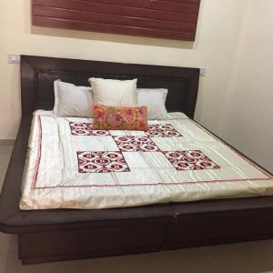 Gallery Cover Image of 630 Sq.ft 1 BHK Apartment for buy in Sector 115 for 1550000